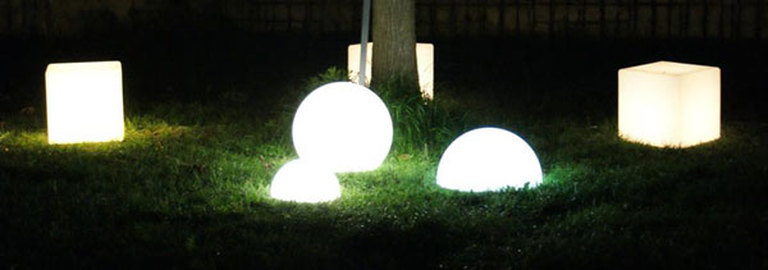 Light Up Cubes And Spheres