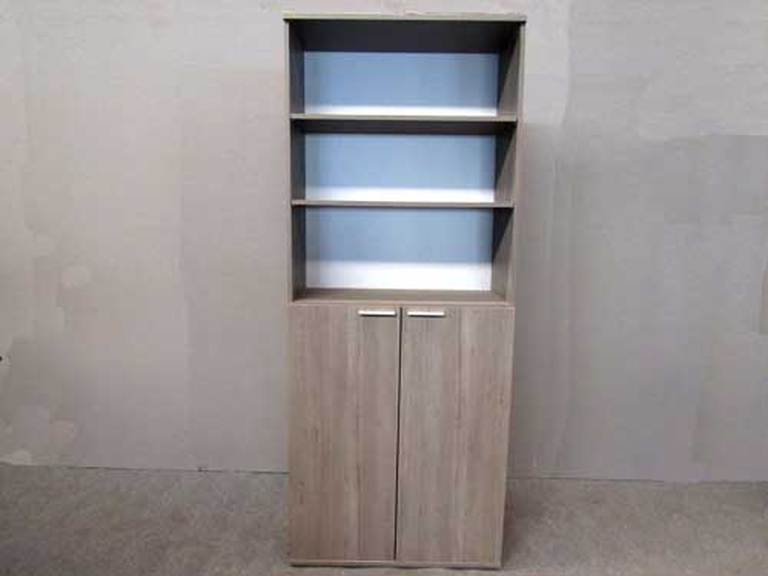Rent office shelving units in Malta