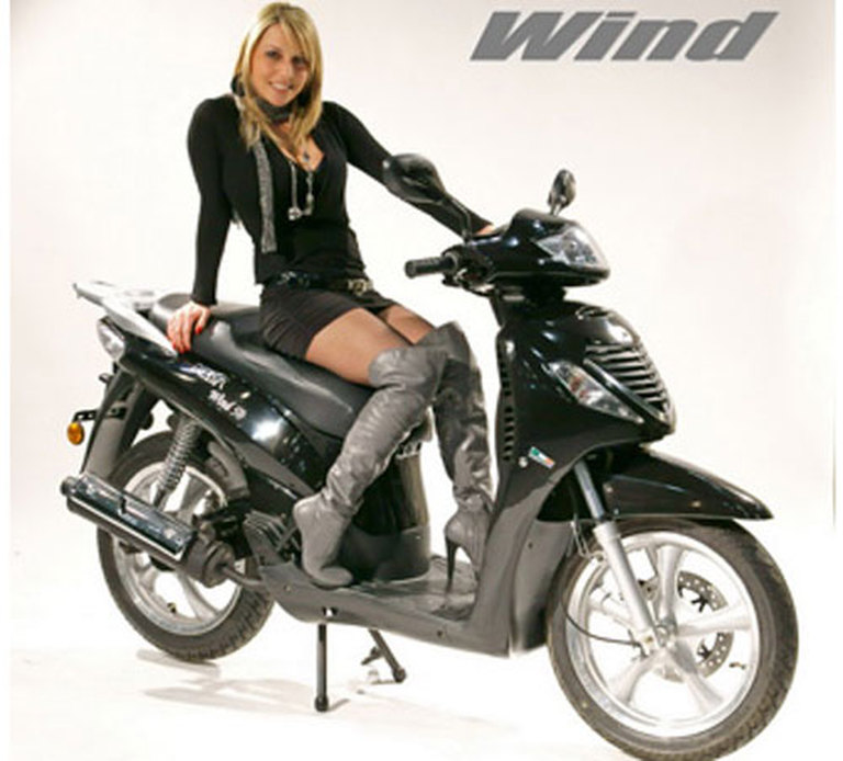 Peda Wind Scooter 125cc Automatic 4 Stroke for rent