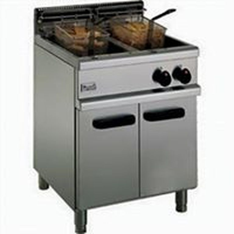 Gas Deep Fat Fryer for rent in Malta
